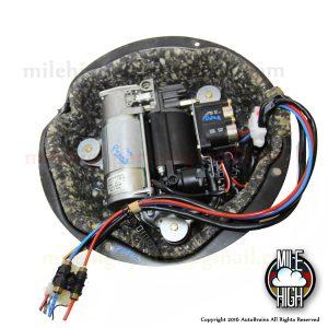 00-06 BMW X5 E53 Air Suspension Compressor Pump OEM Wabco 745li 750li E66 E65